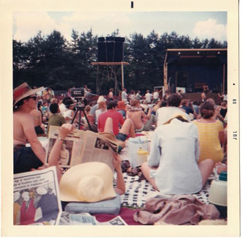 he crowd at Fuller Flatlands, courtesy Bob Frank