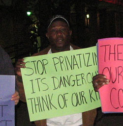 Demonstrating against privitization