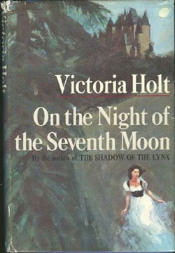"Book cover of ""On the Night of the Seventh Moon"""