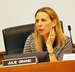 Julie Grand