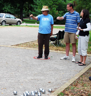 Jeff Straw playing petanque