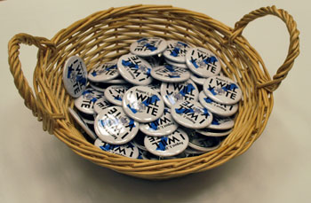I will vote buttons