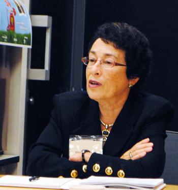 Ellie Oppenheim