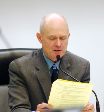 Mayor John Hiefjte opposed the grant funding for the completion of the environmental assessment for an extension of the Ann Arbor municipal airport.