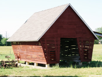 Corn crib at Staebler Farm