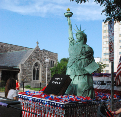 Lady Liberty float