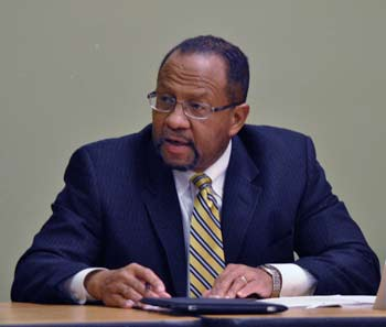 Ron Woods, Ann Arbor housing commission, public housing, The Ann Arbor Chronicle