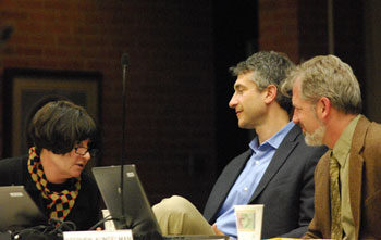 Jane Lumm (Ward 2) talked with Christopher Taylor (Ward 3) and Stephen Kunselman (ward 3) before the meeting started.